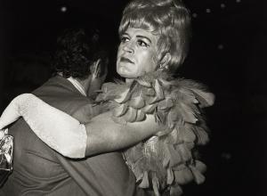 Diane Arbus, Two Men Dancing at the Drag Ball