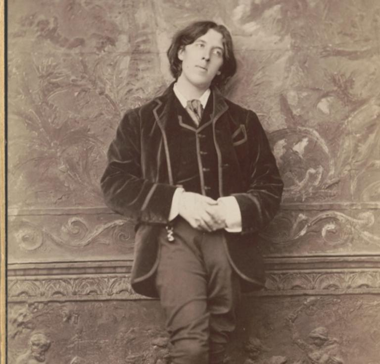 Oscar Wilde cabinet card portrait